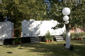 outdoor-garden-party-wedding-restrooms-az_