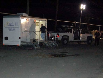 emergency-portable-restroom-trailer