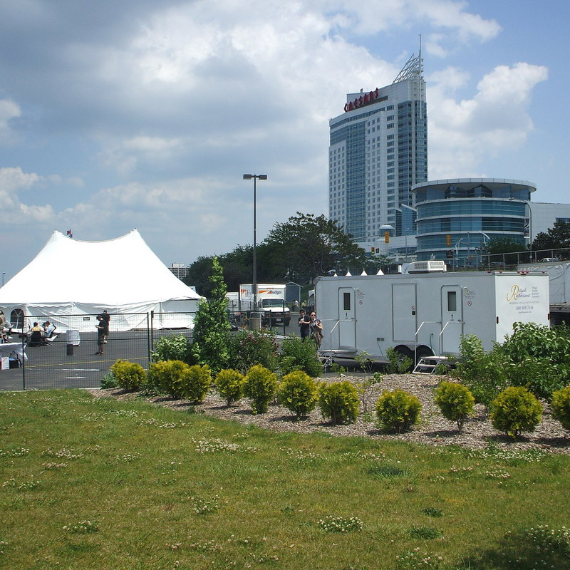 portable-restroom-trailers-for-festivals