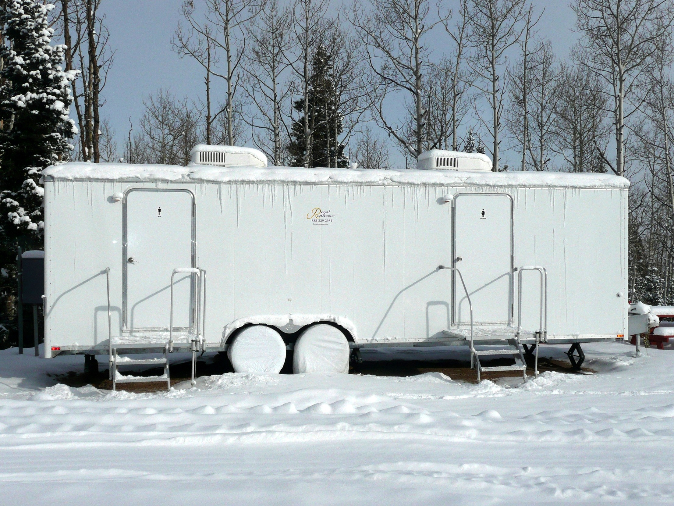 utah-portable-restrooms-at-canyons-resort-iii