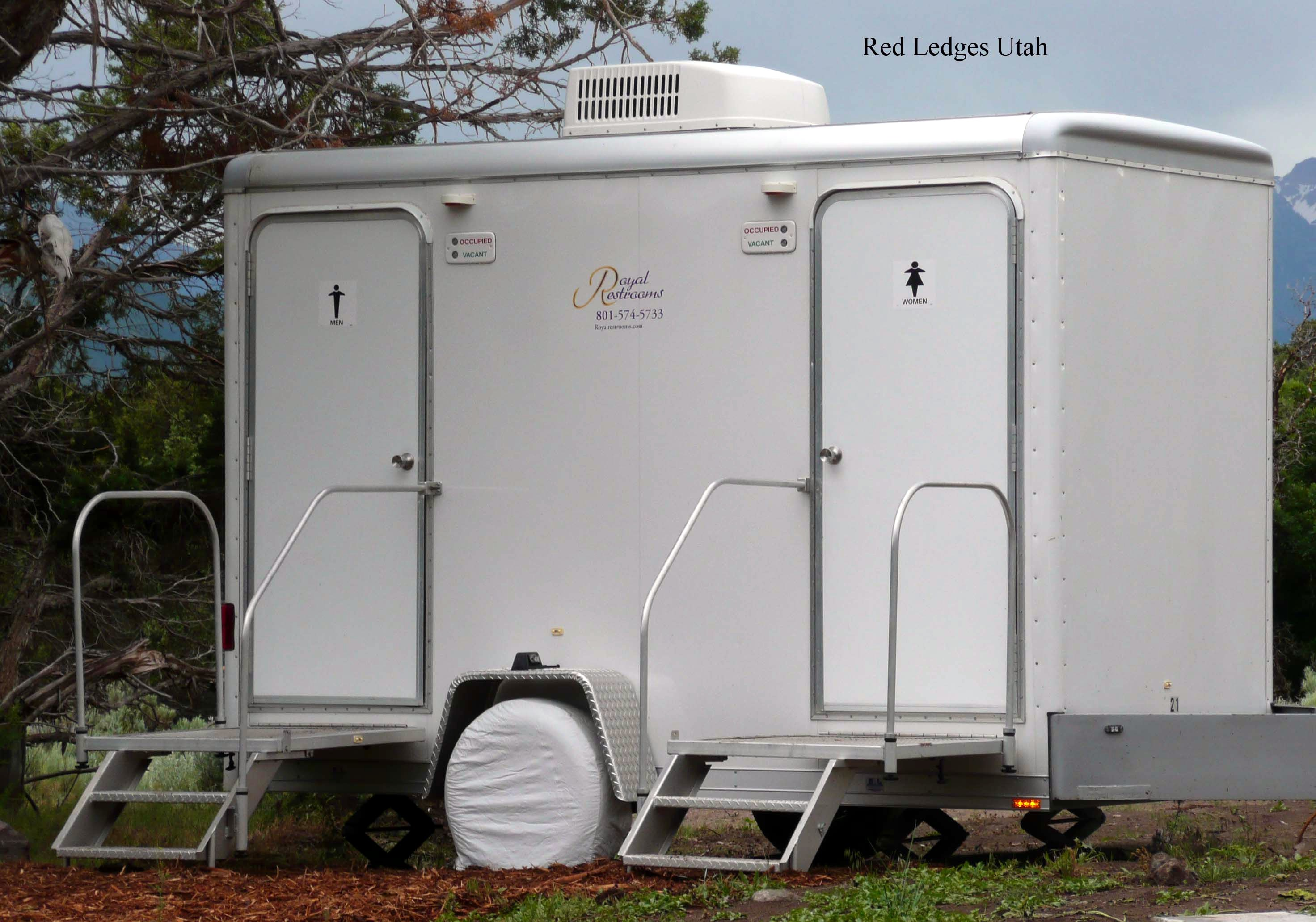 bathroom waste portable dixie industry services trailers toilets construction